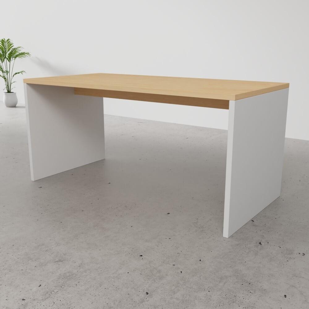 Tisch nach Maß mit durchgehenden Außenseiten | schrankplaner.de